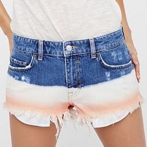 Free People   Dip Dye Ombre Cut Off Jean Shorts